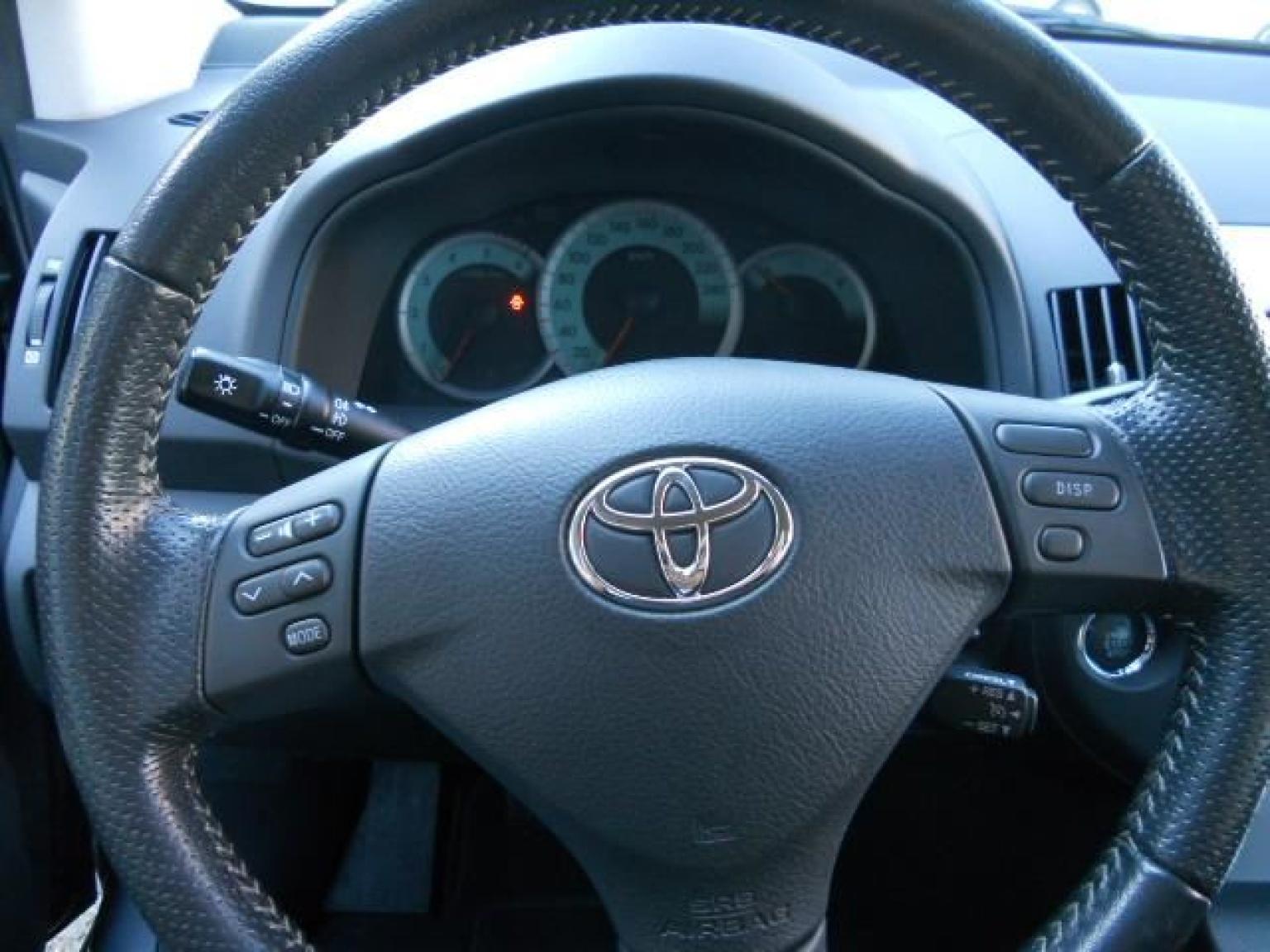 Toyota-Verso-11