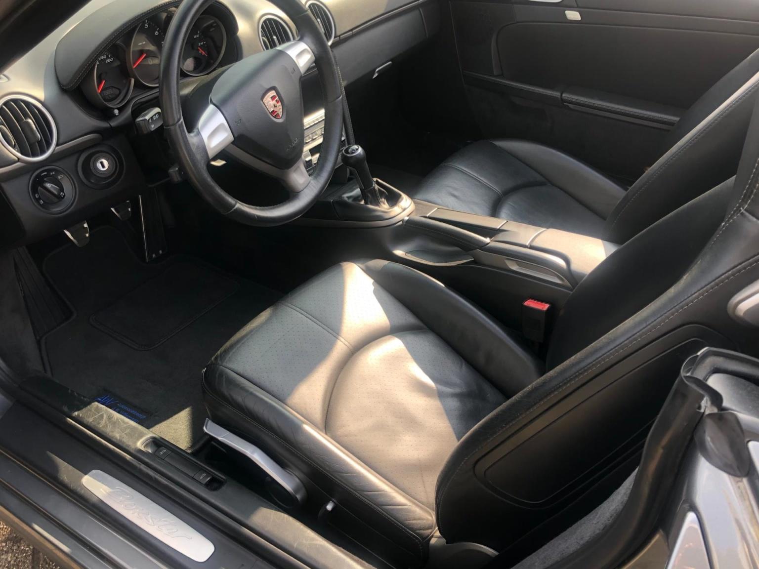 Porsche-Boxster-5