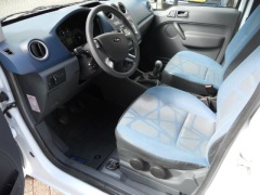 Ford-Transit Connect-5