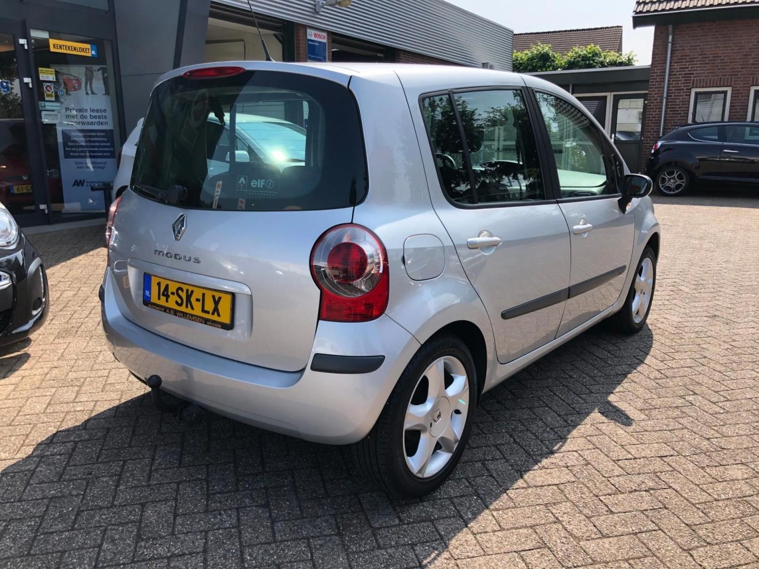 Renault-Modus-3