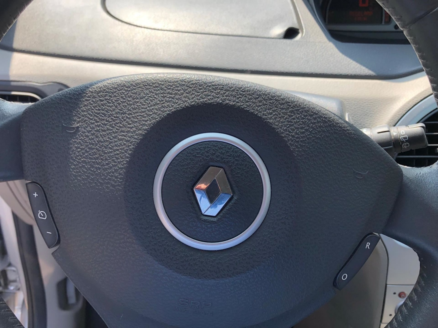 Renault-Modus-7